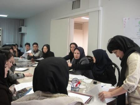 آموزش گزارش نویسی برای جوانان تسهیلگر افغان در تهران