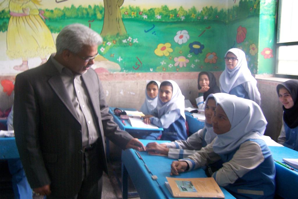 بازدید مدیر کل امور اتباع و مهاجرین خارجی استان تهران از مرکز آموزش پایه شورآباد