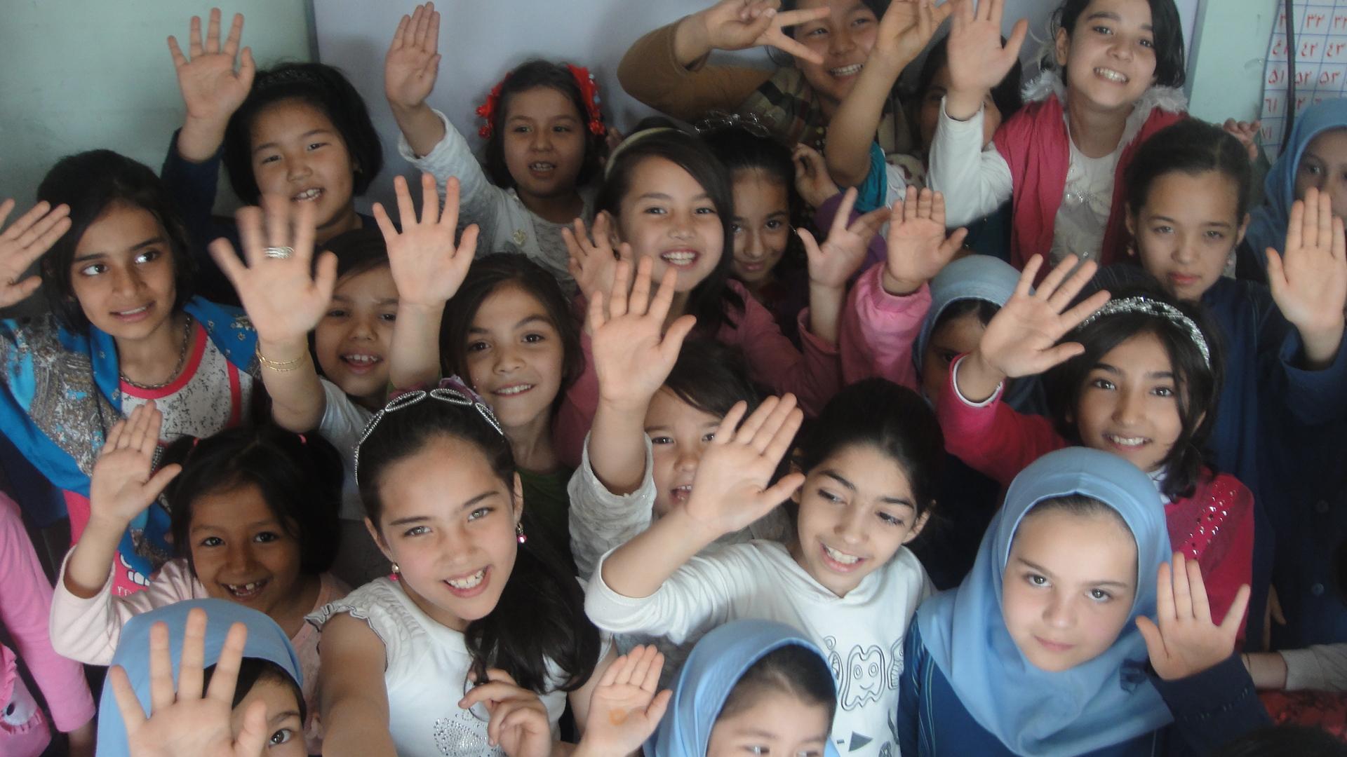 جشن روز معلم؛ فرصتی برای شادی بچه ها