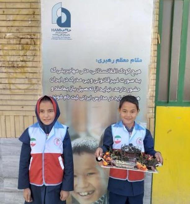 بازدید ریاست جمعیت هلال احمر از مرکز حامی سمنان